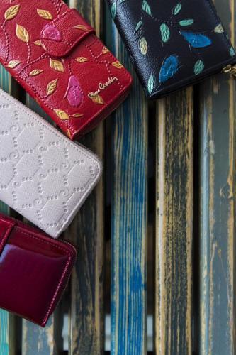 Culori In Feng Shui.Alege Ti Portofelul Dupa Culorile Feng Shui Pentru A Atrage Bogatia
